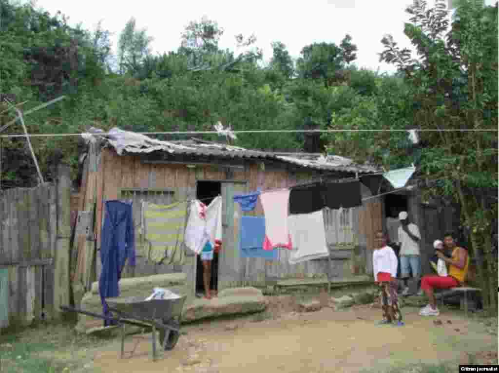 Reporta Cuba Reparto Van Van Santiago de Cuba Foto Leoellibre