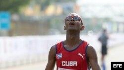 Richer Pérez, de Cuba, gana de medalla de oro en la maratón con un tiempo de 2:17:04 en Panamericanos 2015 en Toronto
