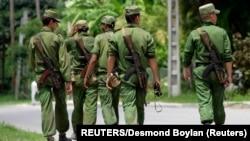 ARCHIVO. Soldados de las Fuerzas Armadas Revolucionarias, FAR, en La Habana.
