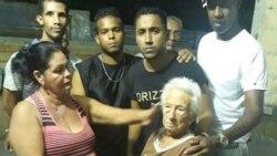 Una anciana lucha por permanecer en su vivienda