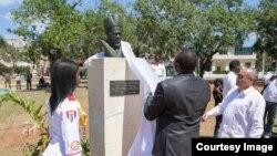 Busto al primer presidente de Kenia Jomo Kenyatta, en Cuba
