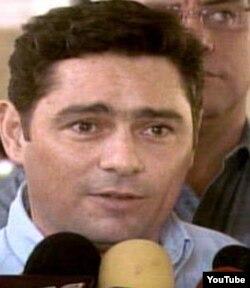 Carlos Vecchio denuncia cobertura desigual