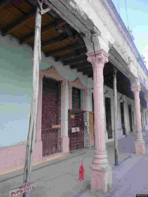 Reporta Cuba Camaguey peligro de derrumbe Foto Ddelacelda