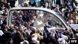 Benedicto XVI puede reunirse con Fidel Castro