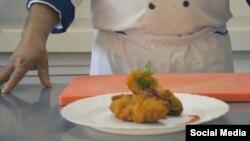 Pollo a la Cordon blue. (Tomado de YouTube).
