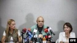 El secretario general de la MUD, Jesús Torrealba, durante una conferencia de prensa en Caracas.