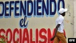 Experto dice que cambios en Cuba comienzan a hacerse visibles