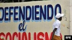 """Habana- Socialismo- El gobierno cubano ha subrayado que las reformas económicas persiguen hacer """"irreversible"""" el socialismo."""