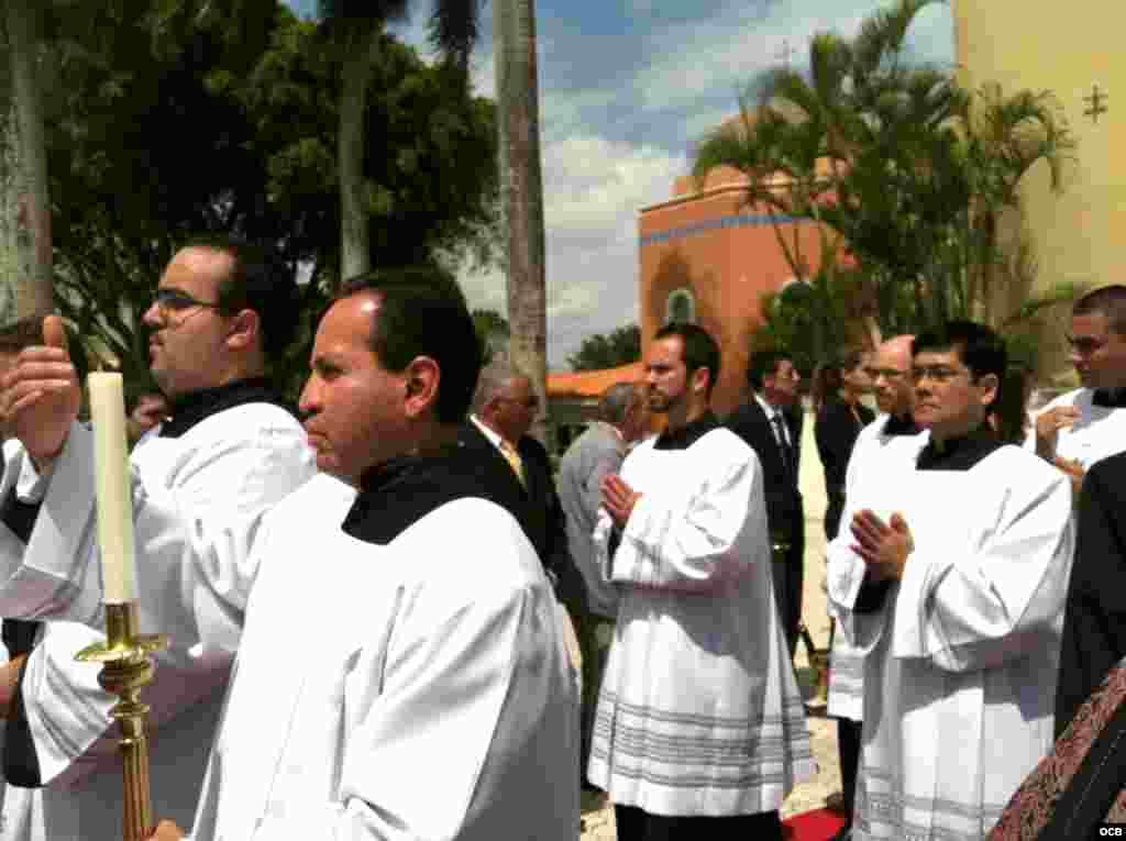 Misa por Monseñor Agustín Román