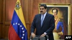 Nicolás Maduro en su despacho en Miraflores.
