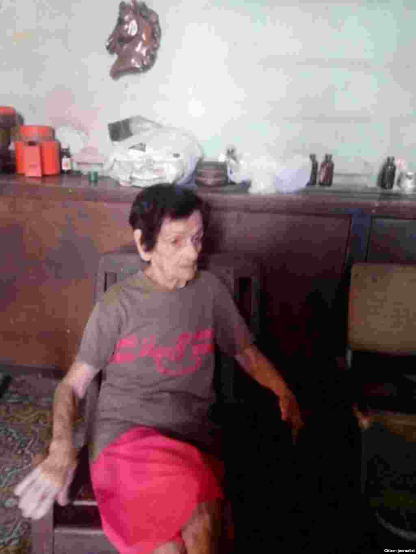 Rosario Álvarez Álvarez, vecina de calle San Carlos No.5 entre Morell e Iznaga, Santos Suárez, municipio 10 de octubre, falleció a consecuencia del derrumbe.