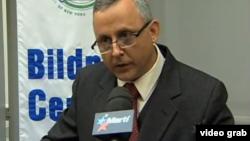 Roberto Veiga en una conferencia en Nueva York. Archivo