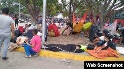 Retornados venezolanos en uno de los campamentos para la cuarentena.