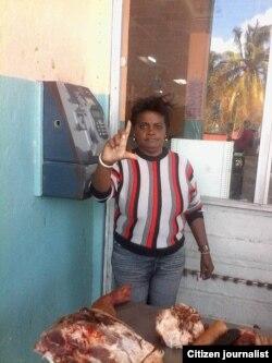 Reporta Cuba Foto Rosario Morales Venta de carne putrefacta Cojímar