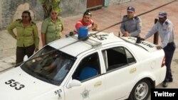 Operativo policial en Lawton, La Habana, frente a la sede de las Damas de Blanco. (Foto: @jangelmoya)