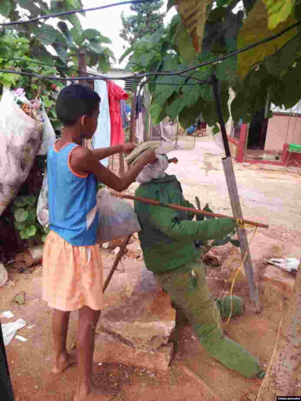 Reporta Cuba quema de muñecones de fin de año Foto Yerdei Verdecía Morejón