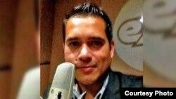 El periodista mexicano Abraham Mendoza.