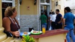 Vendedores de alimentos en riesgo de perder licencias si no vuelven al trabajo