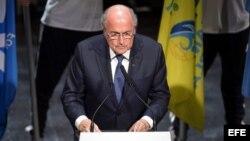 El presidente de la FIFA, Joseph Blatter da un discurso durante el 65 Congreso del organismo en Zúrich, Suiza hoy 28 de mayo de 2015.