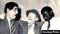 Un payaso reconciliador entre Federico Piñeiro y Alberto Garrido (Chicharito y Sopeira)