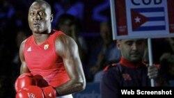 Erislandy Savón, boxeador cubano.