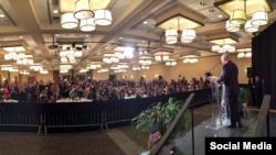 Mike Pence en campaña en Miami. Tomado del Twitter oficial @mike_pence