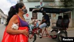 La Habana, el epicentro de la pandemia en la isla, reporta el mayor número de contagios cada día. REUTERS/Stringer