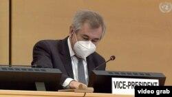 Encabezó la sesión el vicepresidente del Consejo, el embajador eslovaco Juraj Podhorsky.