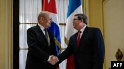 El canciller francés Jean-Yves Le Drian se reunió en La Habana con su homólogo cubano Bruno Rodríguez.