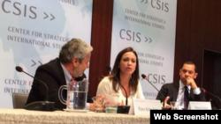 María Corina Machado en rueda de prensa.