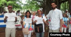 """Ismael Boris Reñí, María Josefa Acón Sardiñas, Zaqueo Báez Guerrero y Danilo Maldonado, """"El Sexto"""", el domingo 15 de noviembre. Foto: UNPACU."""