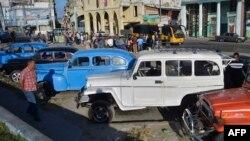 Cubanos atribuyen accidentes de tránsito al mal estado de las vías