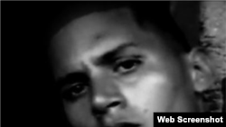 Inicia huelga de hambre rapero cubano preso