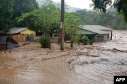 Inundaciones y destrozos provocados por huracán Iota en Guatemala