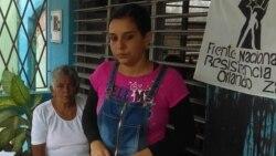 La activista Arianna López relata lo ocurrido durante el arresto este jueves
