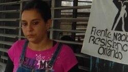 Arianna López visita en la cárcel a su esposo Mitzael Díaz Paseiros
