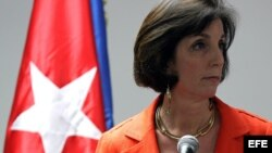 Roberta Jacobson al concluir una reunión sobre el restablecimiento de relaciones diplomáticas entre Cuba y EEUU, en enero.