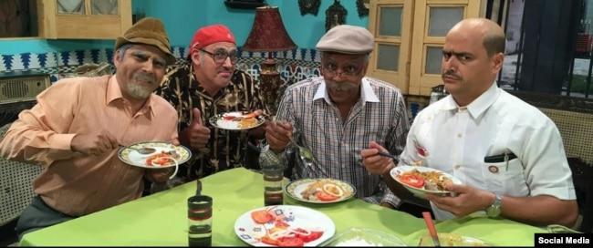 """El elenco de """"Vivir del Cuento"""" antes de la salida de Facundo (el primero a la derecha), que interpreta Andy Vázquez."""