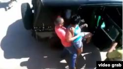 Arresto de Yelena Marrero, la hija menor de Caridad Burunate.