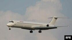 Fotografía sin fechar facilitada por la aerlínea española Swiftair hoy, jueves 24 de julio de 2014 de su avión McDonnell Douglas MD-83. La compañía argelina Air Algérie ha confirmado hoy que los siete miembros de la tripulación del avión desaparecido esta