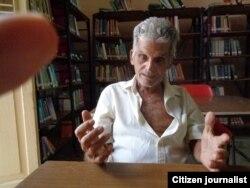 """Reporta Cuba. """"Que nos devuelvan la música"""", piden los ancianos de la Casa de los Abuelos. Foto: Misael Aguilar."""