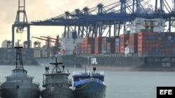 La ampliación del canal de Panamá duplicará su capacidad para el año 2014, lo que hará crecer más su economía.