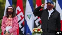 Daniel Ortega y Rosario Murrillo, presidente y vicepresidenta de Nicaragua. (Cesar PEREZ / PRESIDENCIA NICARAGUA / AFP)