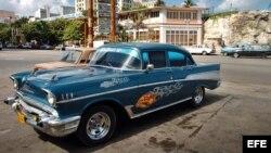 Su almendrón contra su crédito y tasado a valor de mercado. Este Chevrolet '57 personalizado podría valer un Potosí.