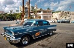 Uno de los almendrones que circulan en Cuba, un Chevrolet '57.