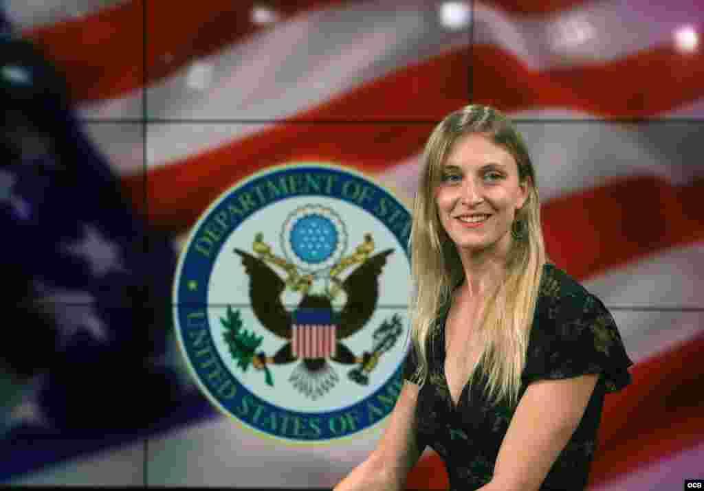 Carrie Filipetti, Subsecretaria Adjunta del Departamento de Estado para Cuba y Venezuela, minutos antes de su entrevista en los estudios de Radio Televisión Martí.