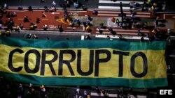 Manifestaciones en Brasil piden al Supremo rechazar recurso de defensa de Lula.