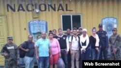 Foto Archivo. Cubanos detenidos en Agua Caliente, Honduras cuando intentaban cruzar la frontera con Guatemala