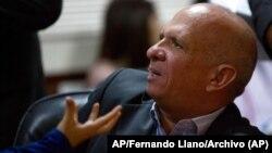 Hugo 'el Pollo' Carvajal en una imagen de archivo durante una comparecencia en la Asamblea Nacional de Venezuela, en Caracas, el 20 de enero de 2016. Foto: AP/Fernando Llano/Archivo.