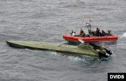 Guardia Costera desembarca drogas interceptada